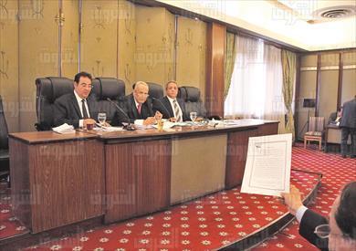 اللجنة التشريعية تصوير لبنى طارق