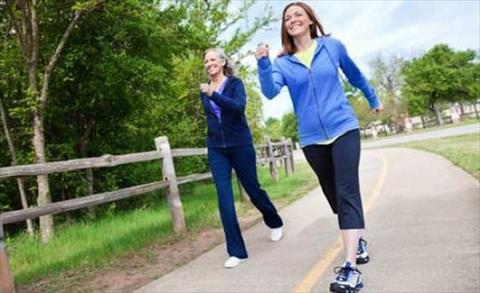 دراسة: المشى ١٠ آلاف خطوة فى اليوم لن يساعدك فى إنقاص الوزن