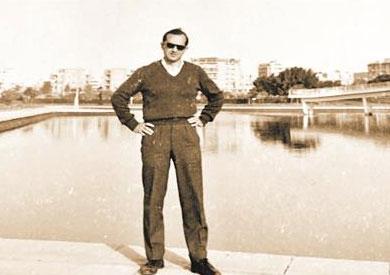 البير آريه على كوبري قصر النيل في الخمسينيات