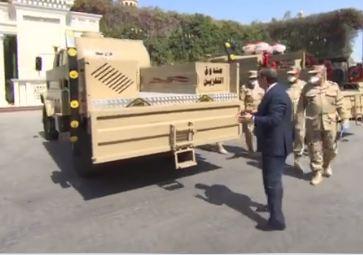 السيسي يتفقد تجهيزات القوات المسلحة لمواجهة كورونا