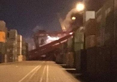 حتراق ونش عملاق بميناء شرق بورسعيد