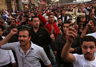 مظاهرات وإضرابات للأقباط والمعلمين والموظفين