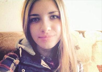 الفتاة الروسية إفلينا التي كانت تجلس على المقعد المفخخ
