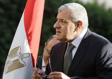 محلب يطالب الوزراء بوضع خطط تأمين لمنشآتهم