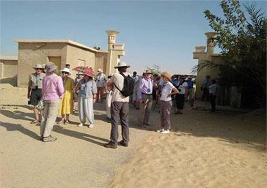 زيارة وفد سياحى للمعالم الأثرية بالمنيا