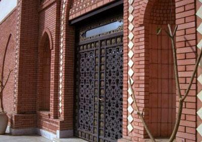 سرقة محتويات مقبرة حفيد حسنى مبارك MUBARAK-FAMILY-GRAVEYARD