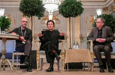 المؤلفان الحائزان على نوبل