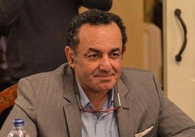 عمرو الشوبكي لـ«البرادعي»: لا يمكن تغيير المشهد من خلال «تويتر»