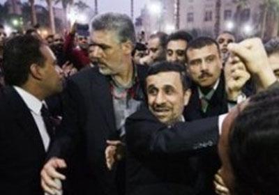 اخلاء سبيل 4 متهمين بالتعدي علي الرئيس الايراني احمدي نجاد امام مسجد الحسين بالقاهرة