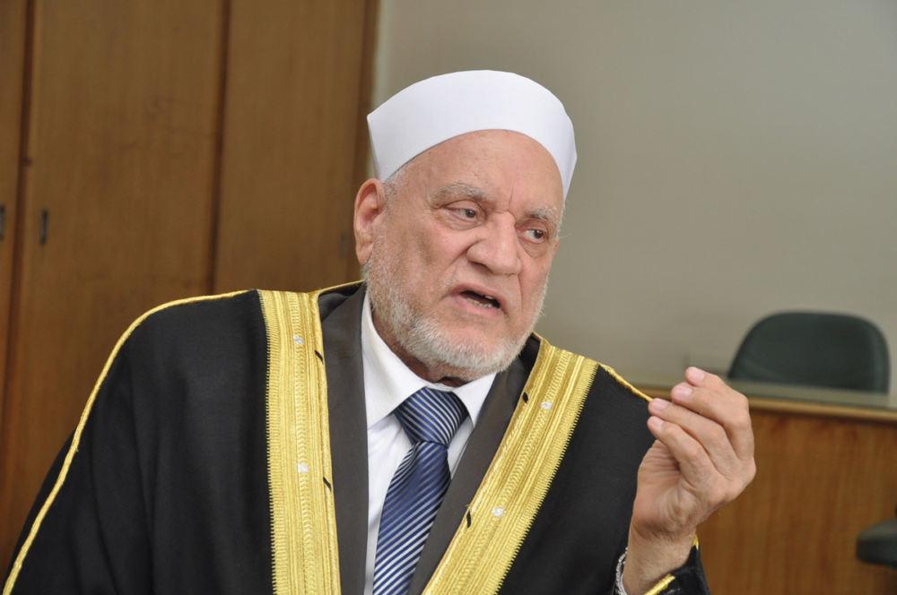 أحمد عمر هاشم