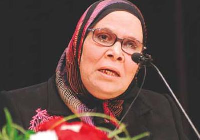 الدكتورة آمنة نصير، أستاذ الفلسفة والعقيدة الإسلامية بجامعة الأزهر