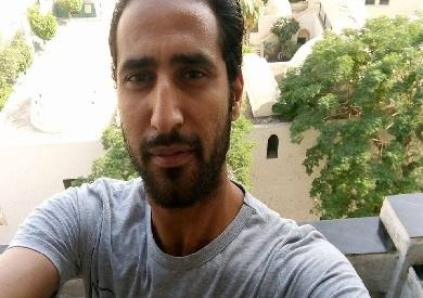 الصحفي إسلام الكلحي
