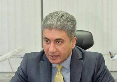 رئيس الشركة القابضة لمصر للطيران صفوت مسلم
