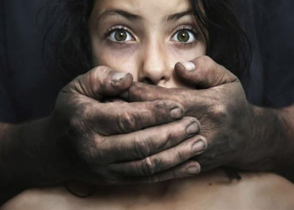 «الخطاب الديني والفن والمخدرات».. المتهمون المساعدون لمرتكب جريمة «التحرش»