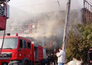 المصنع المحترق بمدينة العبور
