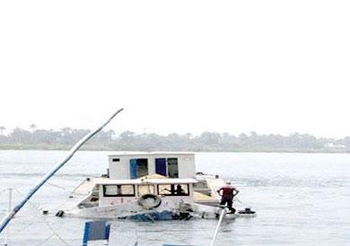 غرق صندل فى نهر النيل