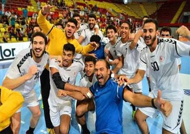 فريق كرة اليد للناشئين الفائز ببطولة العالم