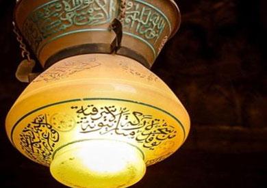 الآثار تتسلم من الإمارات مشكاتين أثريتين تمت سرقتهما من متحف الحضارة