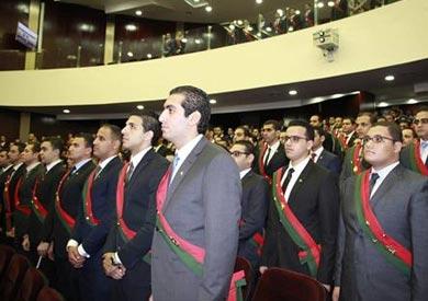 معاونو النيابة العامة يؤدون اليمين القانونية أمام وزير العدل