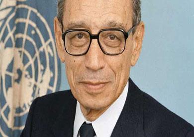 الدكتور بطرس غالي الرئيس السابق للمجلس القومي لحقوق الإنسان