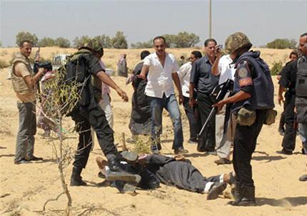 القوات المسلحة: القبض على 12 تكفيريا وتدمير سيارة مفخخة بجبل الحلال