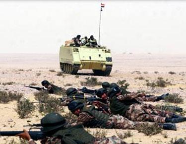إصابة ضابط ومقتل 10 تكفيريين في هجومين مسلحين بالشيخ زويد