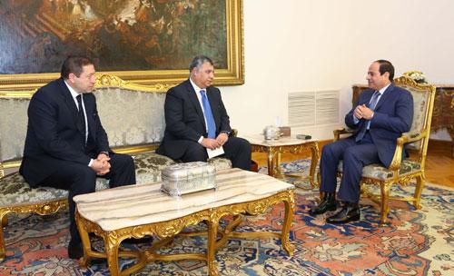 الرئيس السيسي واللواء خالد فوزي، رئيس المخابرات العامة الجديد واللواء محمد طارق نائب رئيس الجهاز