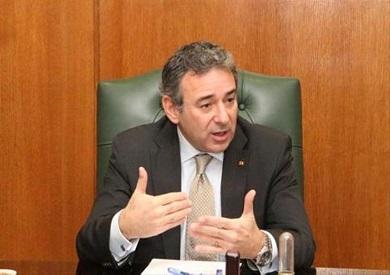 السفير طارق عادل
