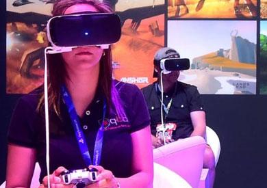«فيسبوك» تواجه حظرا قانونيا على تكنولوجيا الواقع الافتراضي