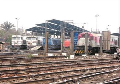 ضبط كمسري قطار بطنطا أجبر راكبين على إلقاء نفسيهما منه بسبب الأجرة