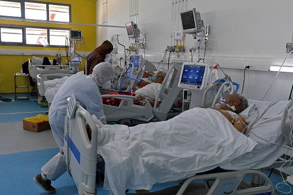 مشاهد صادمة تكشف مأساة التونسيين بسبب تفشي كورونا