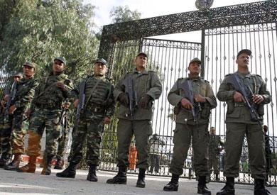 وطني حراس سجون تونس يهددون بإضراب احتجاجا مسلسل تلفزيوني Prison-guards-Tunisi
