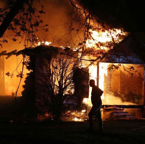 تفجير بوابة برسس الأمنية ببنغازي