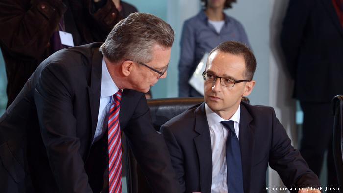 وزيرا الداخلية والعدل الألمانيان توماس دي ميزير وهايكو ماس.