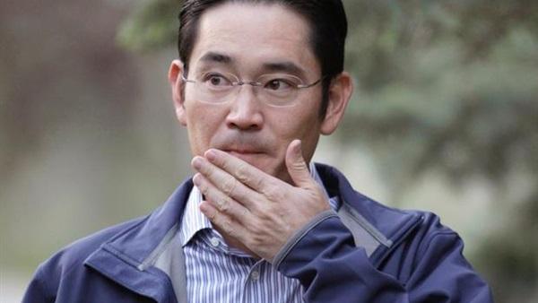 التحقيق مع وريث «سامسونج» بشبهة التورط بفضيحة الفساد في كوريا الجنوبية