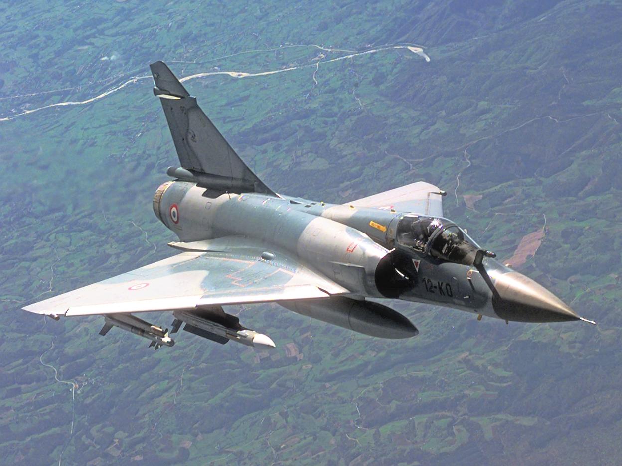 فرنسا تنشر طائرات ميراج بالأردن لضرب