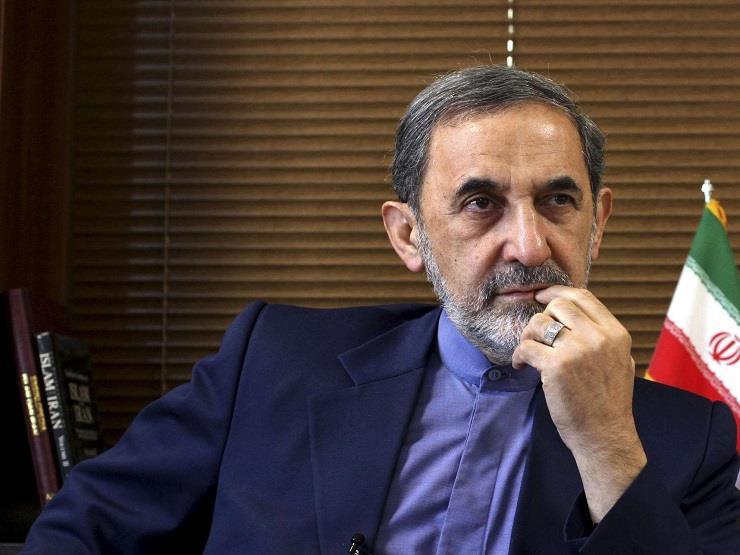 مستشار المرشد الإيراني: إيران تدعم وتحمي استقلال لبنان وحكومته