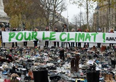 الأحذية الفرنسية تجتاح ساحة الجمهورية قبل انعقاد مؤتمر المناخ في باريس