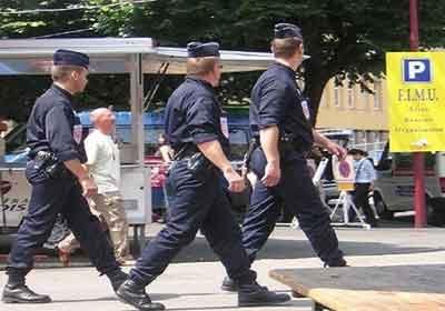 الشرطة الفرنسية ارشيفية