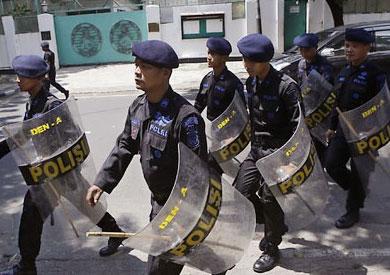 قوات الامن في ميانمار قبل الاشتباكات - ارشيفية