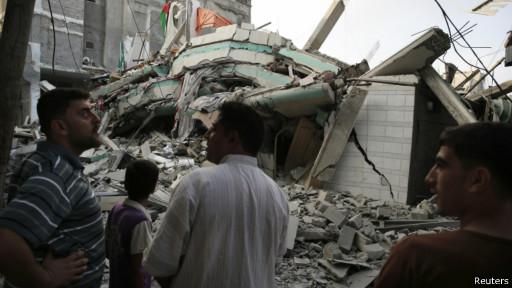 رفض هنية ومشعل إعادة إعمار غزة بنزع سلاح حماس