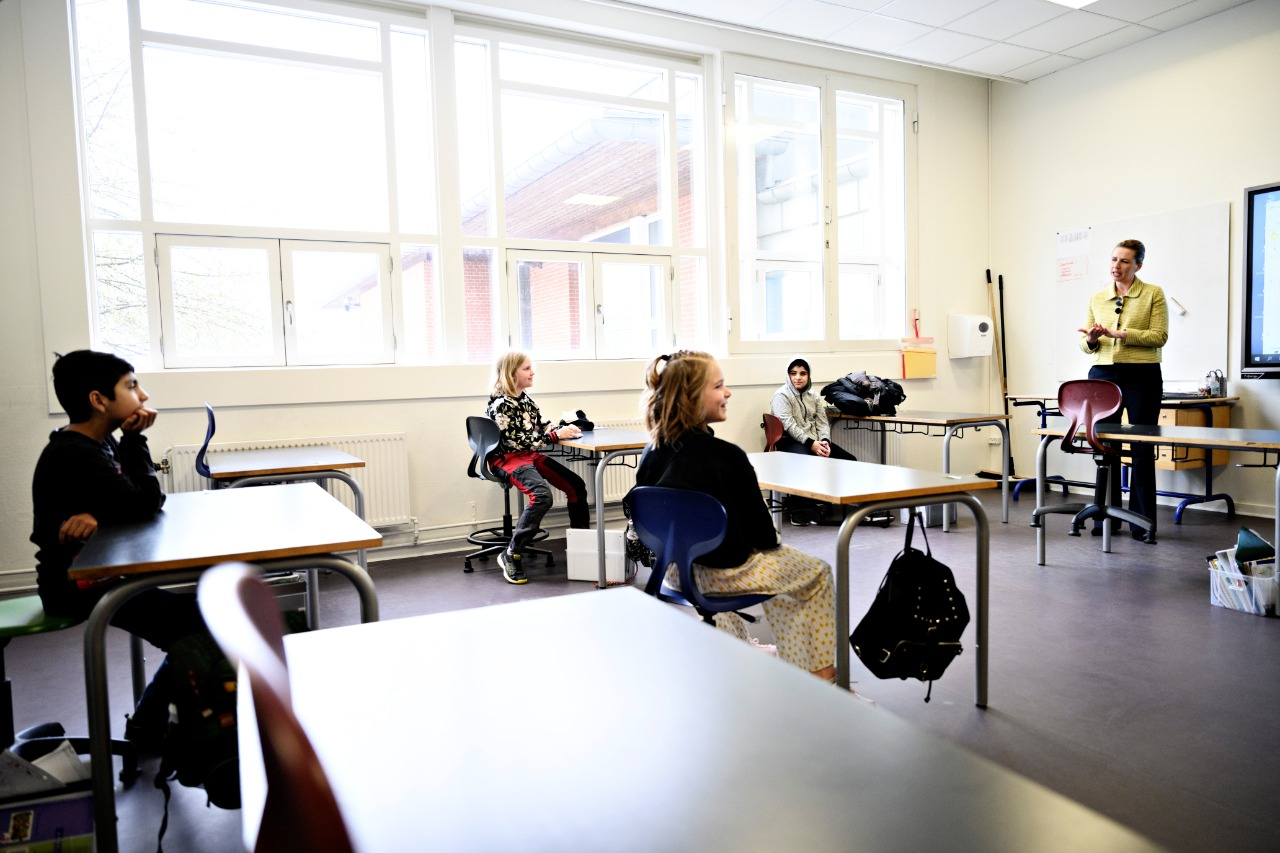 فتح المدارس في اليونان - ارشيفية