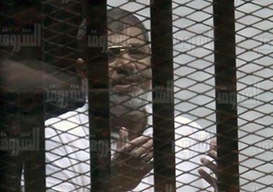 الرئيس المعزول محمد مرسي داخل القفص : تصوير : مجدي إبراهيم