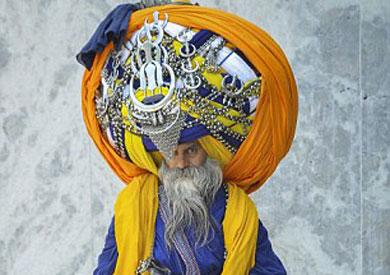 أطول عمامة فى العالمعلى رأس رجل هندى