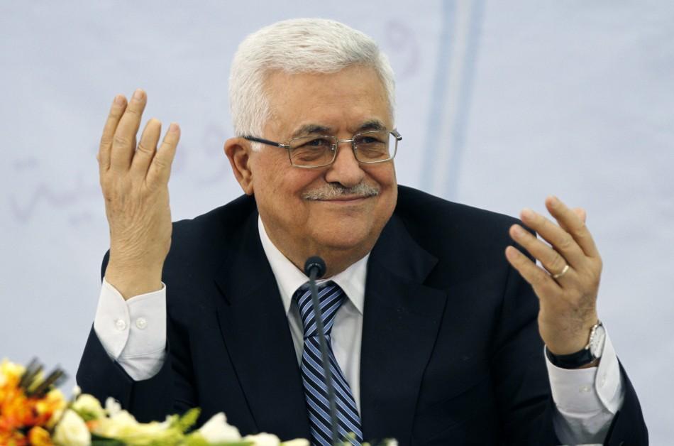 أبو مازن يشيد بجهود مصر بقيادة الرئيس السيسي من أجل إنجاح الحوار الفلسطيني