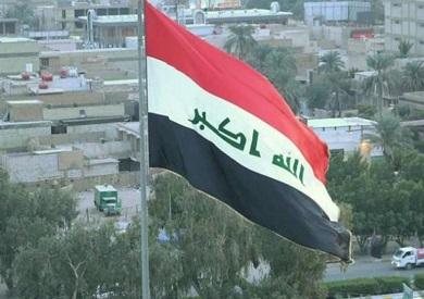 الدفاع المدني العراقية تخمد حريقا داخل مطار المثنى وتنقذ حاوية للأعتدة والصواريخ