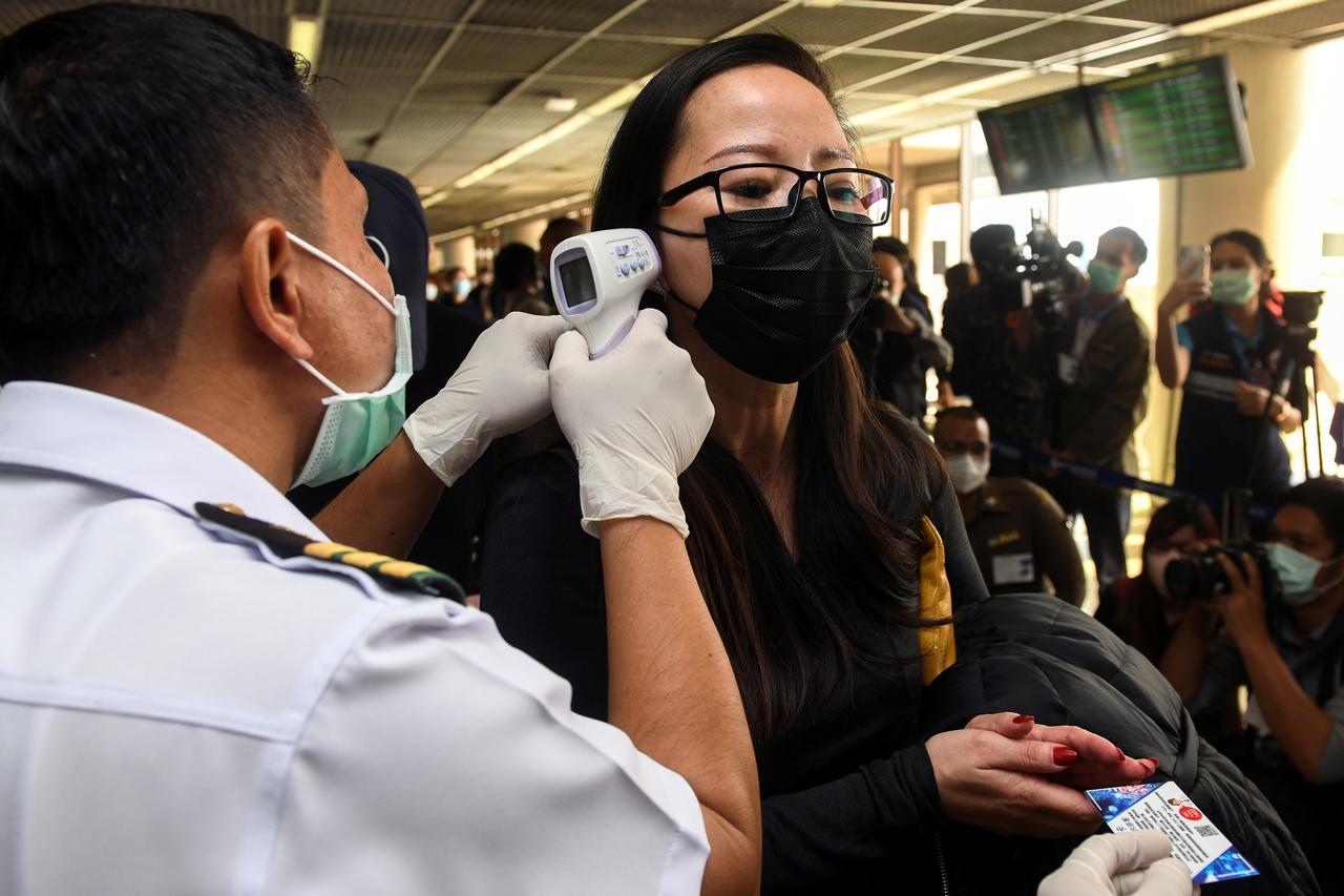 تايلاند تسجل 18 ألفا و901 إصابة جديدة بفيروس كورونا