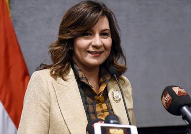 وزيرة الهجرة تجري حوارا مفتوحا مع عدد من أبناء الجالية المصرية في كندا