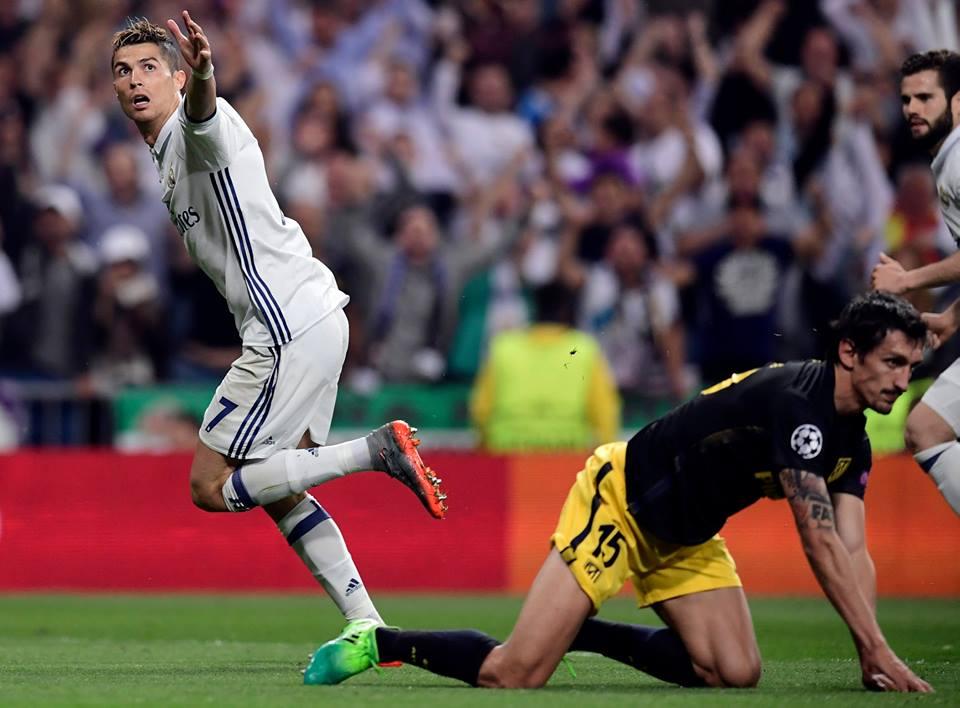 رونالدو يقهر أتلتيكو بثلاثية ويقرب الريال من نهائي دوري الأبطال