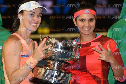 بطولة استراليا المفتوحة: هينجيس وميرزا تحرزان لقب زوجي السيدات